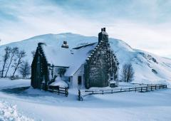 Dalmunzie Cottage in deep snow
