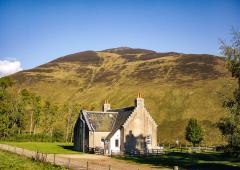 Dalmunzie Cottage in Summer Scottish Season